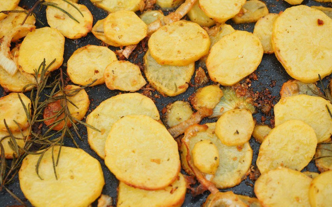 Ofenkartoffeln mit Bärlauch-Avocadocreme